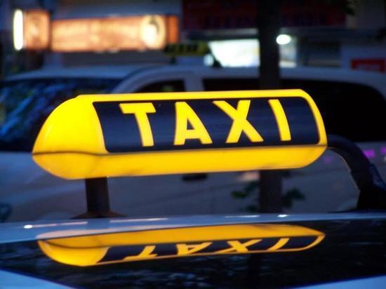 Таксист изнасиловал пассажирку в Москве