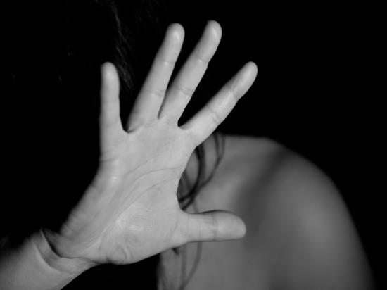 Приезжие совершили групповое изнасилование женщины в Петербурге