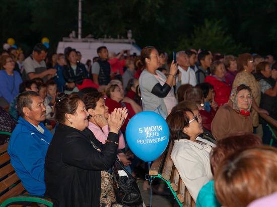 Калмыцкий народ поддержал учреждение нового государственного праздника – Дня Республики Калмыкия