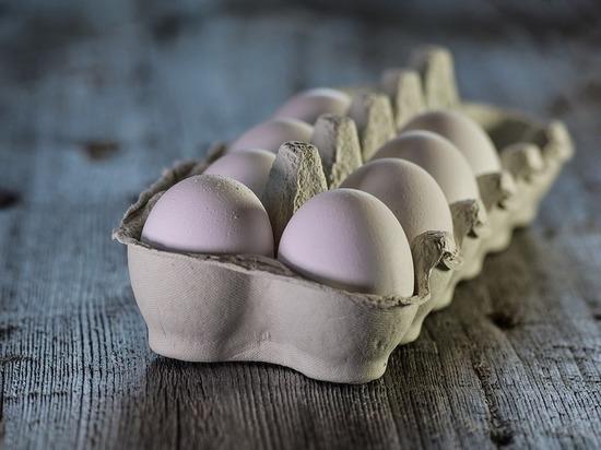 За июнь в Псковской области значительно подешевели яйца и сахар