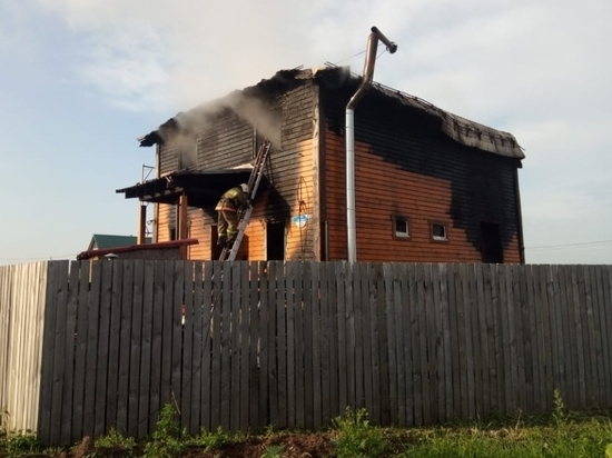 Подробности страшного пожара в Жуковском: пять трупов из-за заклинившего шланга