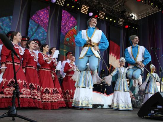 «Русское поле»: в Москве покажут «Сказочную карту России»