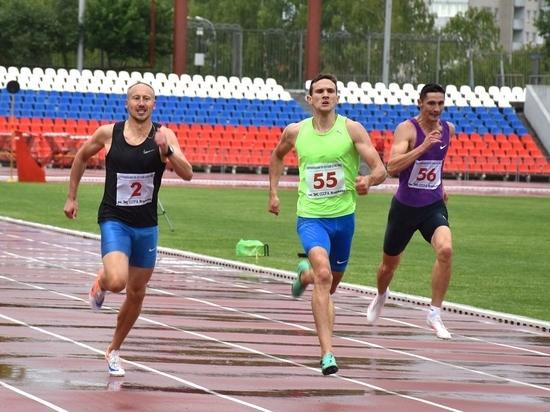 Более ста спортсменов встретились настадионе в Чебоксарах