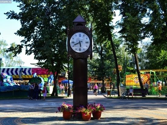 Тамбовский пенсионер присвоил три лампочки в Парке культуры