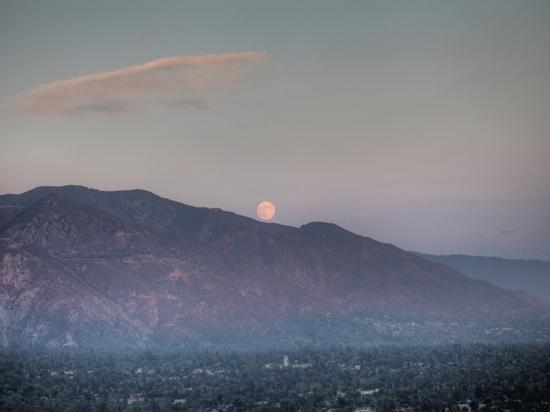 Какие опасности готовит лунное затмение 16 июля