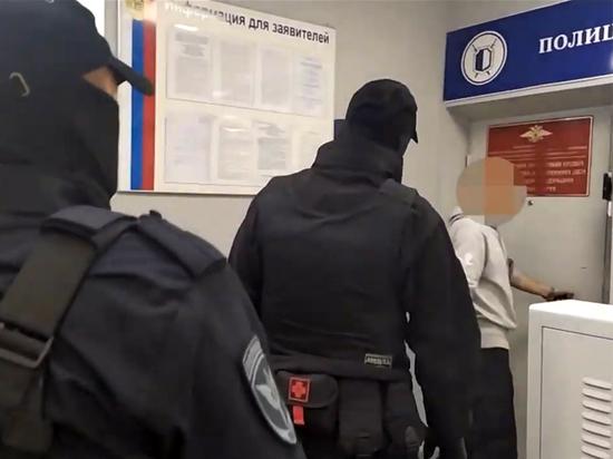 Злоключения камчатского участкового-мошенника: обобрал иностранку, покойника и взял кредит