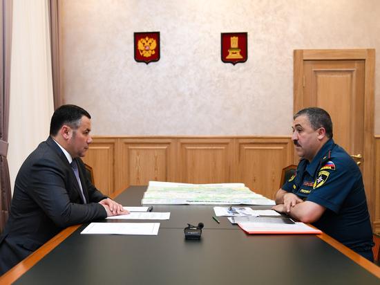 Игорь Руденя встретился с начальником регионального управления МЧС Арсеном Григоряном