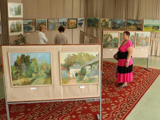В Андреаполе открылась выставка известного художника России