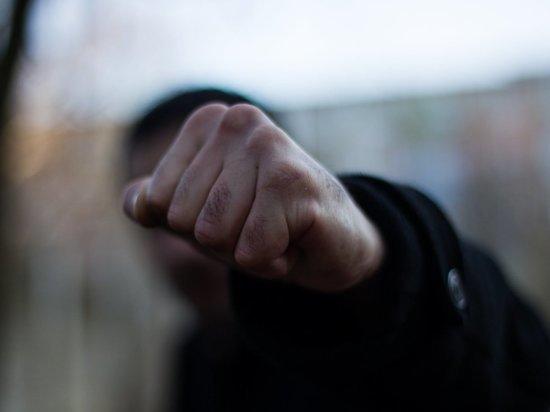 Калмыцкий полицейский пострадал от рук хулигана