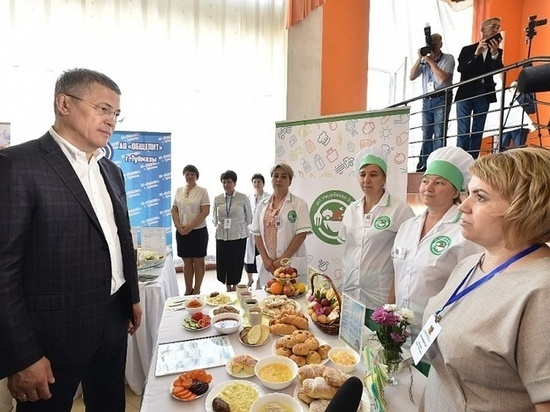 В Башкирии питание учеников младших классов предлагают сделать бесплатным