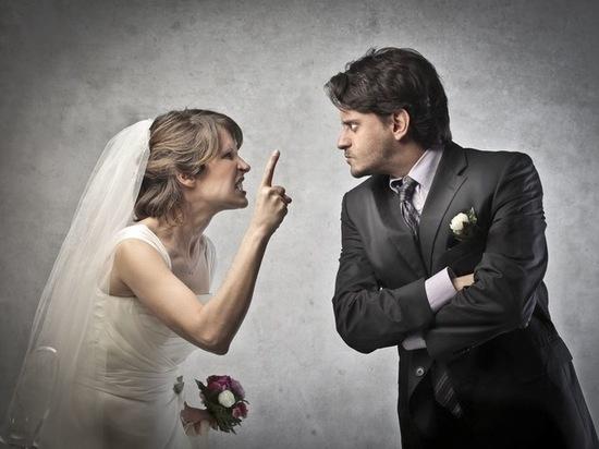Красноярский жених порвал паспорт перед свадьбой и соврал о краже