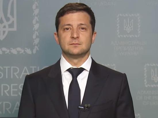 Зеленский поскандалил с директором николаевского аэропорта: «Разбирайтесь сами»