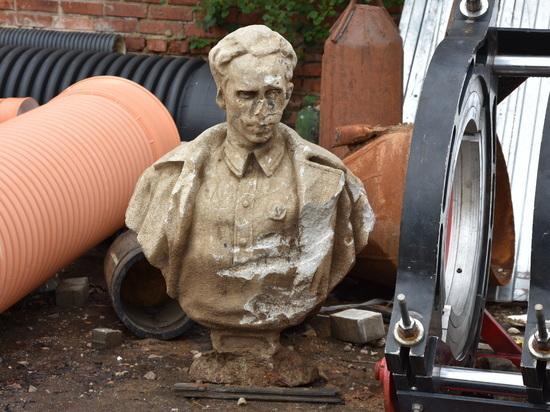 Бюст Николая Островского случайно нашли при раскопках в Калуге