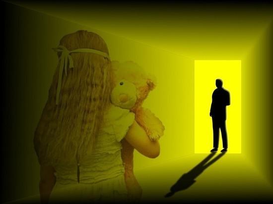 В Чувашии отец истязал и насиловал малолетнюю дочь
