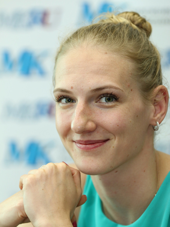 Российская синхронистка победила в произвольной программе солисток и завоевала 20-ю золотую медаль на чемпионатах мира.