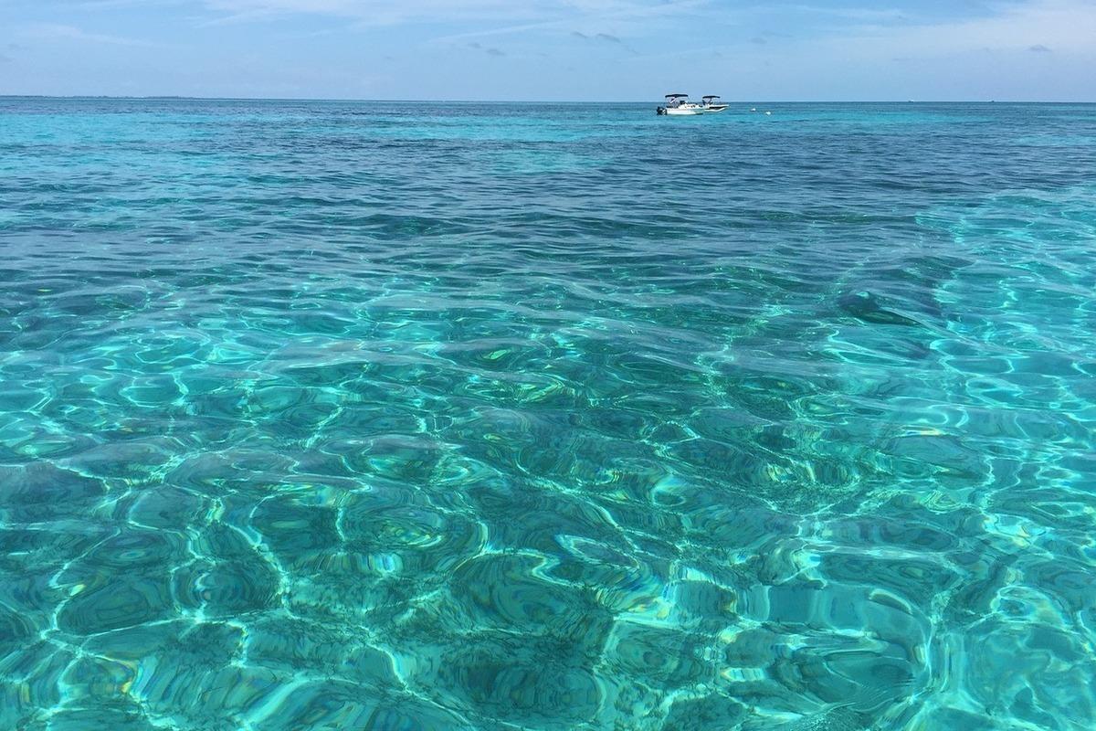 бирюзовое море фото рифму
