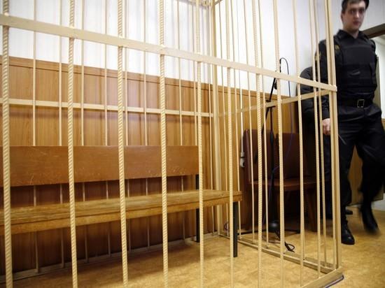 Следователь, проводившая допрос обвиняемых в питерском теракте, стала неузнаваемой