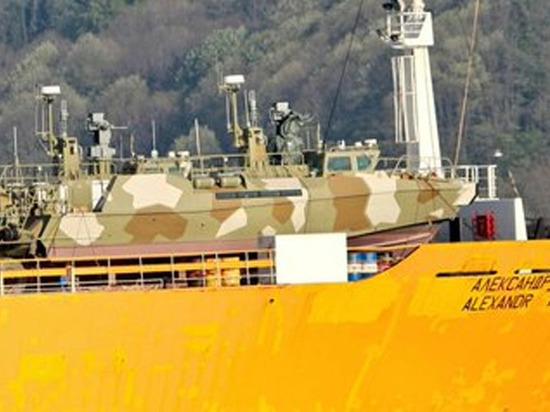 Российскую военно-морскую базу в Сирии будут сторожить катера «Раптор»