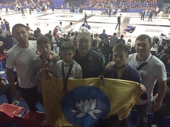 Калмыцкие спортсмены стали чемпионами по джиу-джитсу