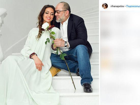 """Адвокат """"Мисс Москва"""" назвал провокацией слухи о разводе с экс-королем Малайзии"""