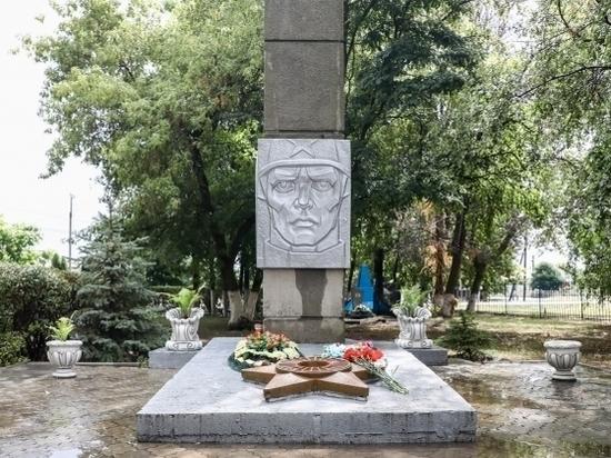 Открытый диалог: Андрей Бочаров посетил Кумылженский район