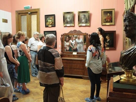 В Серпуховском музее состоится экскурсия, посвященная Дню флориста