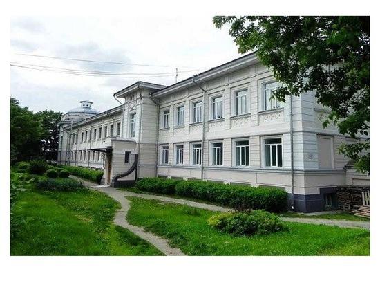 Территории восьми медицинских учреждений отремонтируют в Серпухове
