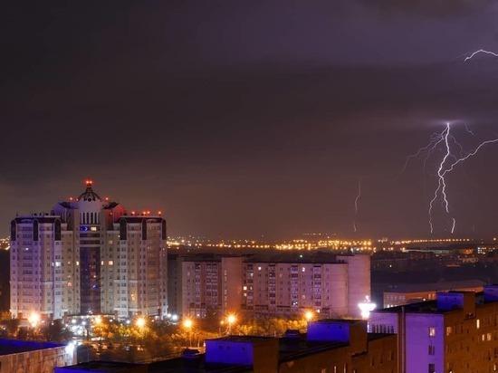 И жарко и грозно: лето в Оренбуржье снова капризничает