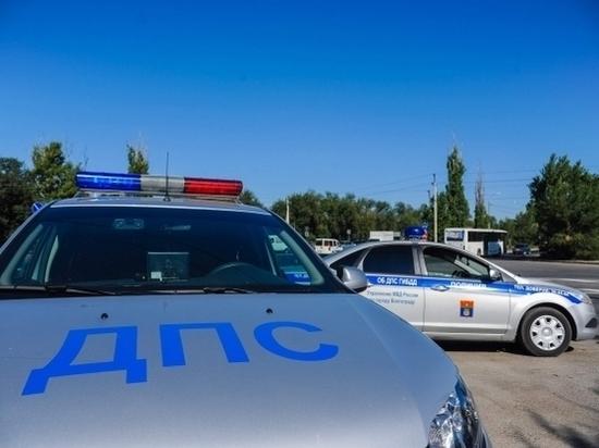 Ночью под Волгоградом водитель сбил женщину и скрылся