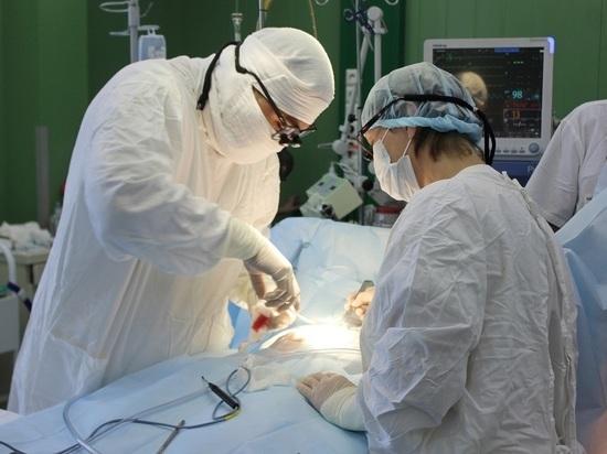 В Бурятии врачи спасли мужчину с ножевым ранением в сердце