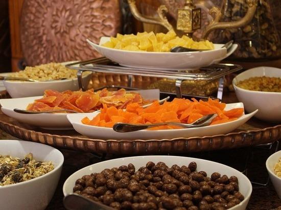 Как сухофрукты влияют на похудение, раскрыли диетологи