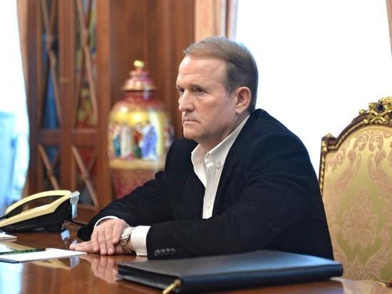 Путин встретился с Медведчуком перед выборами в Верховную раду