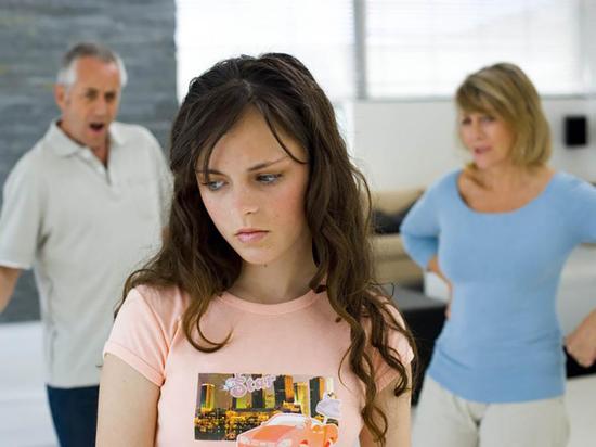 От любви до ненависти один шаг: Когда родители переходят черту