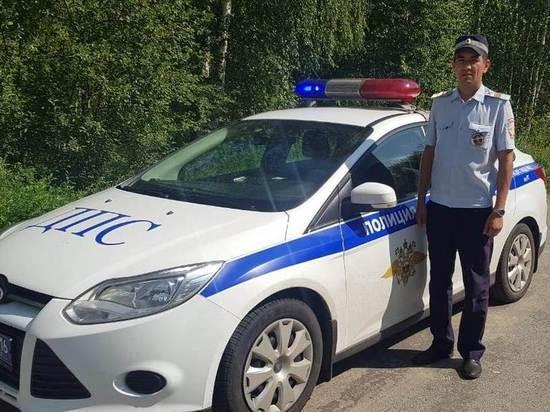 В Казани сотрудники ГИБДД помогли рожающей автоледи