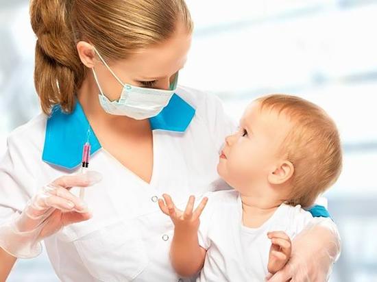Судья не стал временно блокировать закон об обязательных прививках для школьников