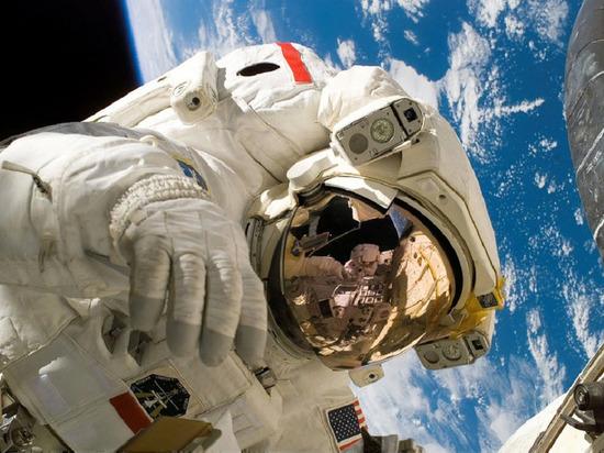 Американский астронавт призвал США отказаться от доминирования в космосе