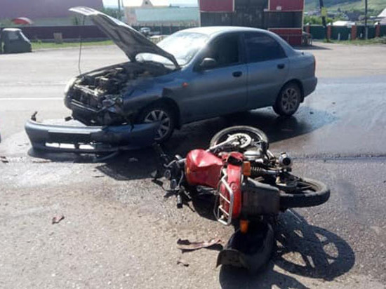 В Башкирии столкнулись иномарка и мотоцикл – пострадал 44-летний мужчина