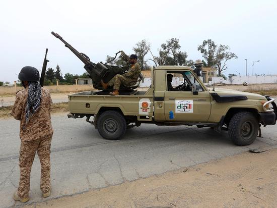 В ливийской армии появились боевые маги