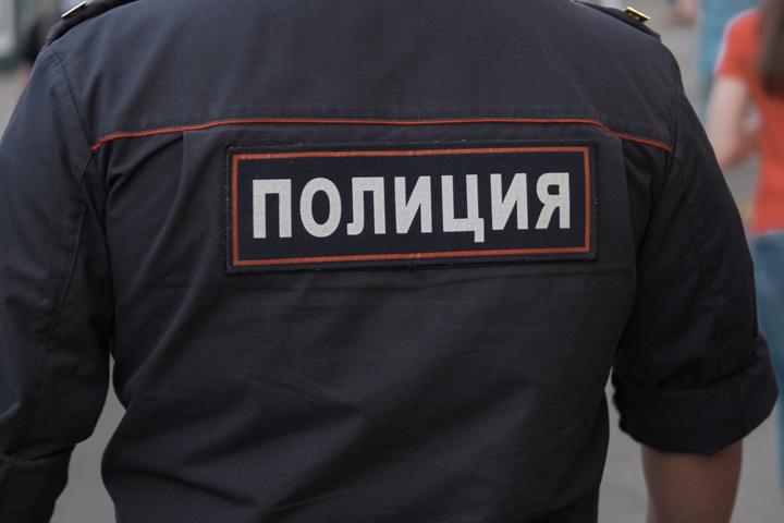 Силовики ворвались в квартиру московских геев-усыновителей