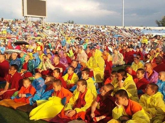Посланнику Далай Ламы XIV вручили медаль «За заслуги перед Бурятией»