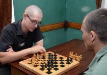 У крымских осужденных есть шанс сыграть с Анатолием Карповым