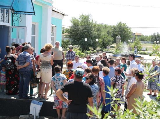 Проблемы и проекты развития обсудил Бочаров с жителями Ленинского района