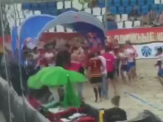 Опубликовано видео драки дагестанской сборной по пляжному регби на чемпионате России