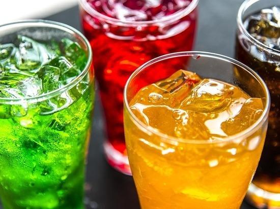 Этот напиток разрушает кости изнутри, но люди продолжают употреблять его