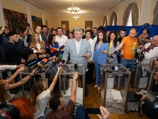 """Порошенко на выборах Рады пообещал """"остановить пророссийский реванш"""""""
