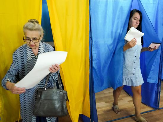 Политологи объяснили низкую явку на выборах в парламент Украины