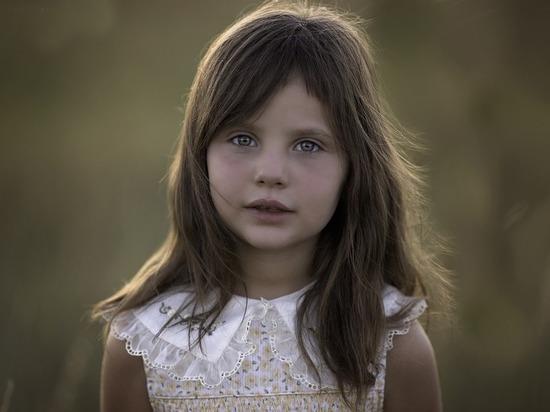 В Югре работает горячая линия «Ребенок в опасности»