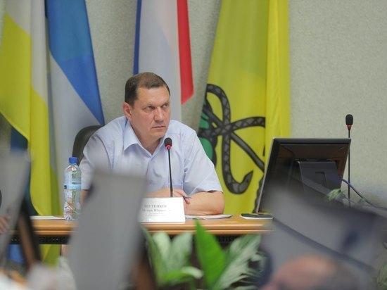«Вода идет в подвалы»: Игорь Шутенков раздал чиновникам мэрии Улан-Удэ новые поручения