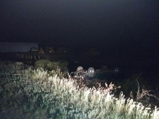 В Оренбургской области перевернулся автомобиль без номера
