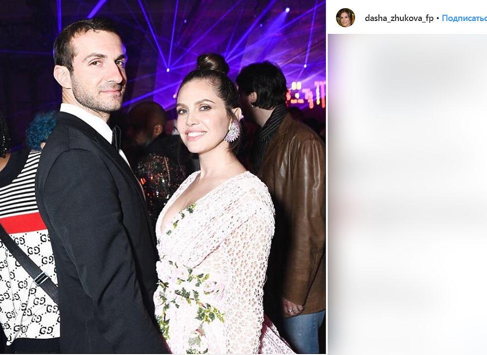 Экс-супруга Абрамовича Жукова собралась замуж за греческого миллиардера: фото пары
